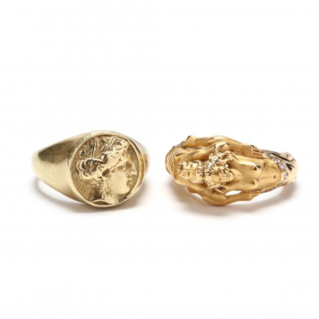 two-18kt-gold-rings