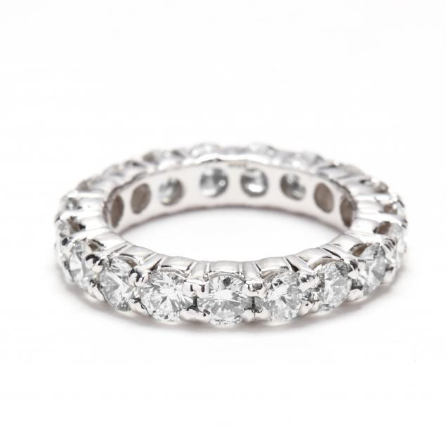 14kt-white-gold-and-diamond-band