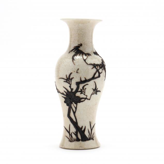 a-chinese-crackle-glazed-vase