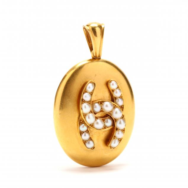 victorian-gold-and-seed-pearl-locket