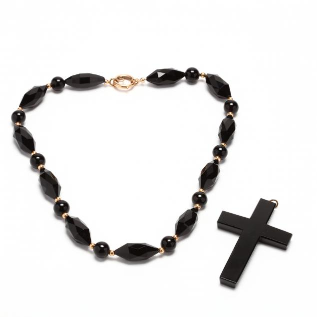 gold-and-onyx-necklace-and-onyx-cross