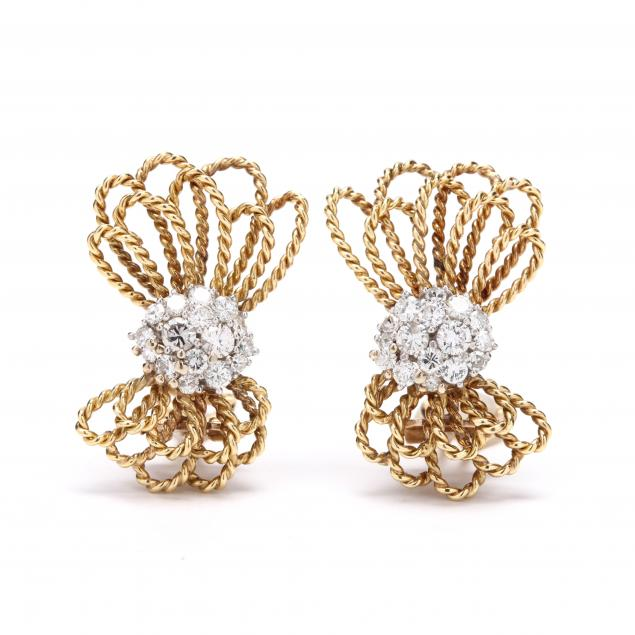 platinum-and-18kt-gold-and-diamond-earrings-balogh