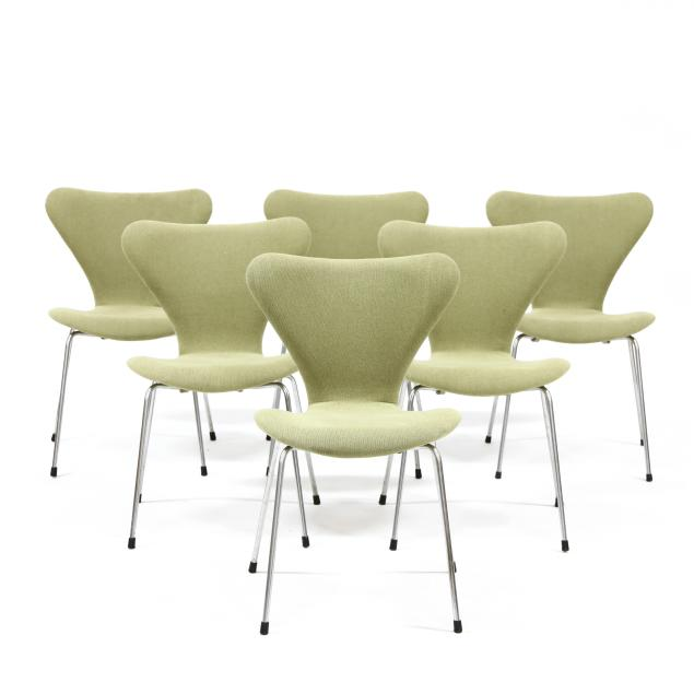 arne-jacobsen-set-of-six-series-7-chairs