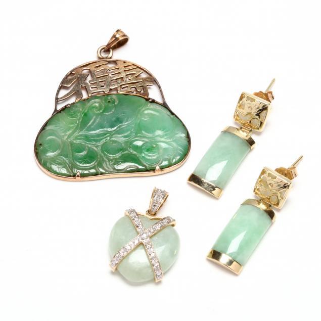 group-of-jadeite-jewelry-items