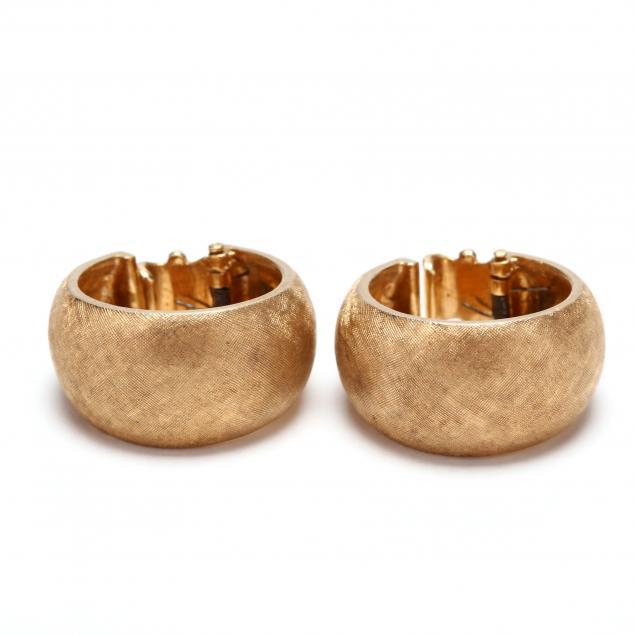 14kt-gold-hoop-earrings