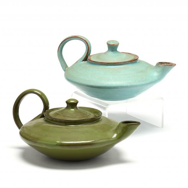 nc-pottery-two-vintage-aladdin-teapots-waymon-cole