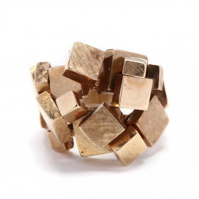 gold-modernist-ring