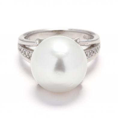 platinum-diamond-and-south-sea-pearl-ring