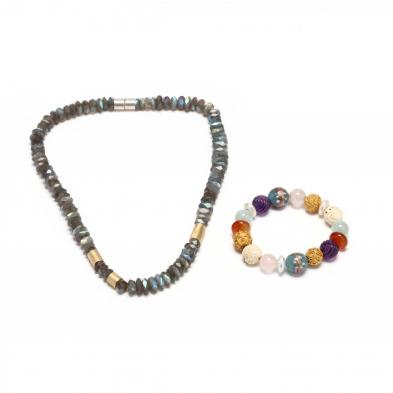a-gemstone-bead-necklace-and-bracelet