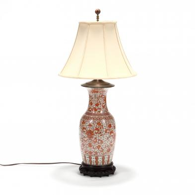 a-chinese-iron-red-peony-porcelain-table-lamp