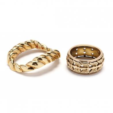 gold-ring-and-clasp