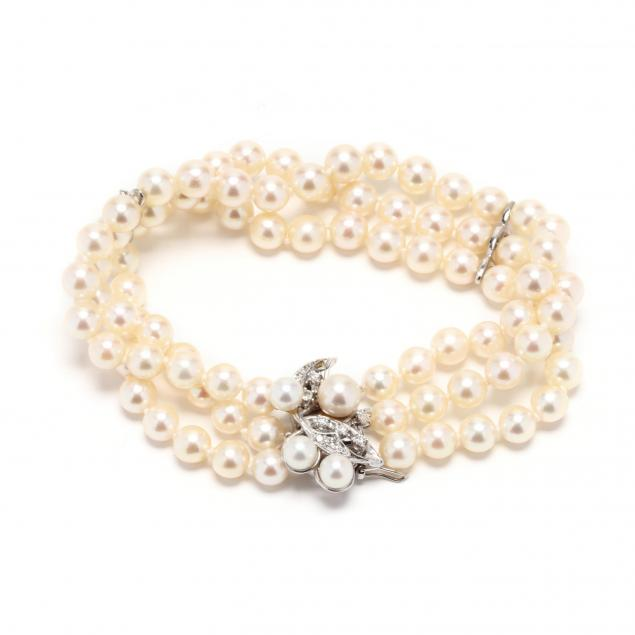triple-strand-pearl-bracelet-with-14kt-white-gold-and-diamond-clasp