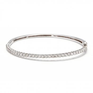 14kt-white-gold-and-diamond-bangle-bracelet