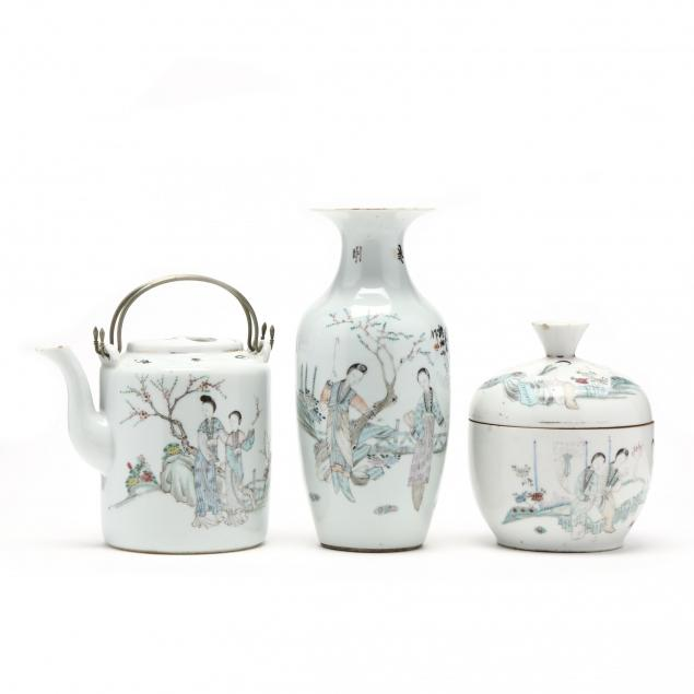 three-chinese-republic-period-pieces-of-porcelain