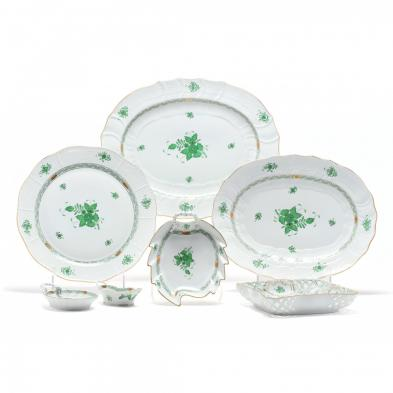 a-selection-of-seven-herend-green-bouquet-serving-pieces