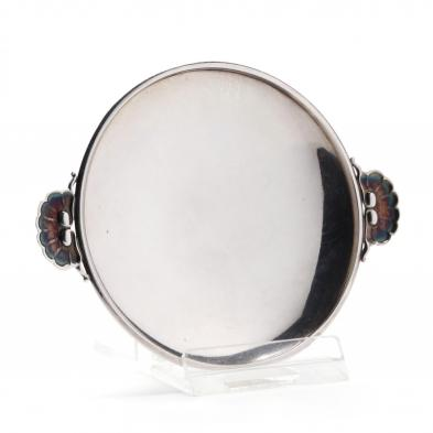 georg-jensen-sterling-silver-plate-with-shell-handles