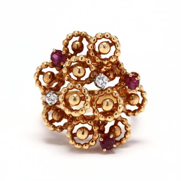 gold-ruby-and-diamond-ring