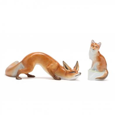 two-herend-porcelain-natural-foxes