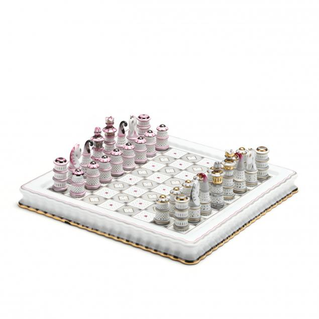 herend-porcelain-chess-set-with-board