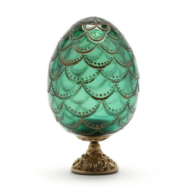 faberge-i-pinecone-i-glass-egg-on-stand