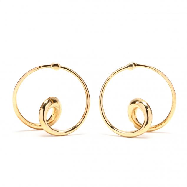 18kt-gold-hoop-earrings-michael-good