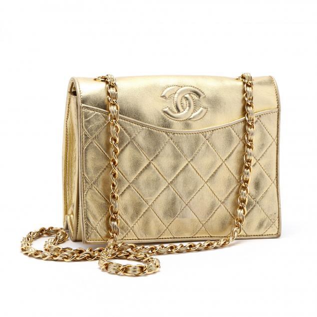 vintage-metallic-gold-flap-shoulder-bag-chanel