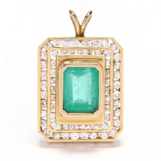 gold-emerald-and-diamond-pendant