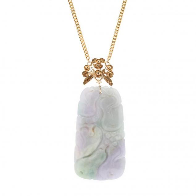 18kt-gold-and-carved-jadeite-pendant-buccellati