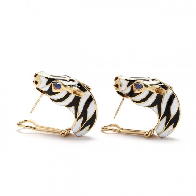 18kt-gold-and-enamel-zebra-motif-earrings