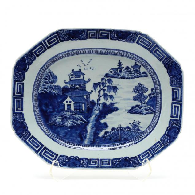 large-chinese-export-porcelain-platter