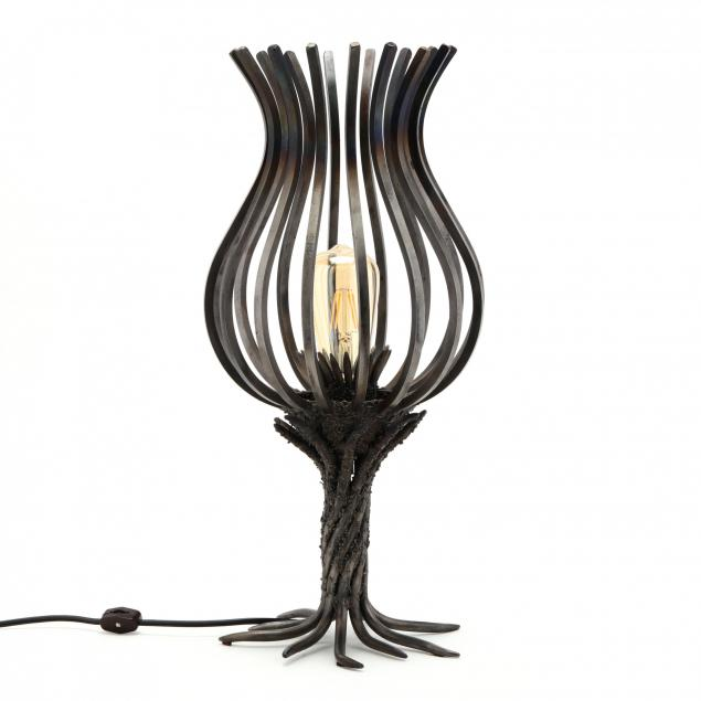 wrought-steel-contemporary-table-lamp