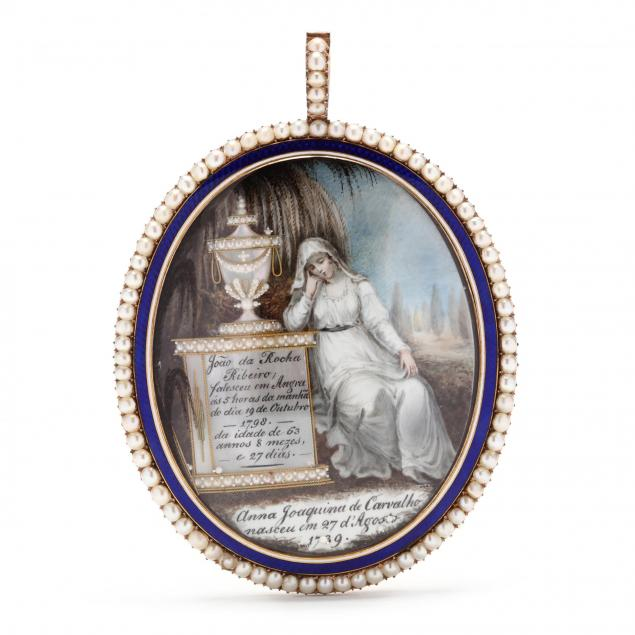 continental-neoclassical-mourning-pendant