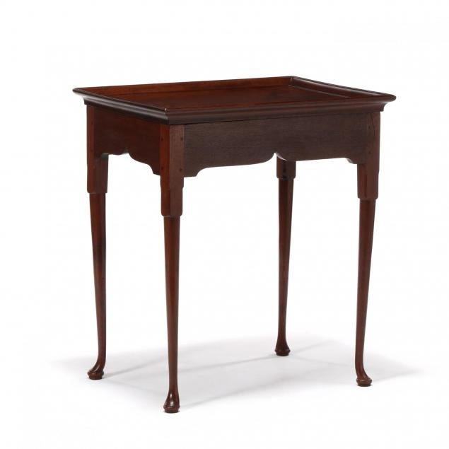 southern-queen-anne-walnut-tea-table