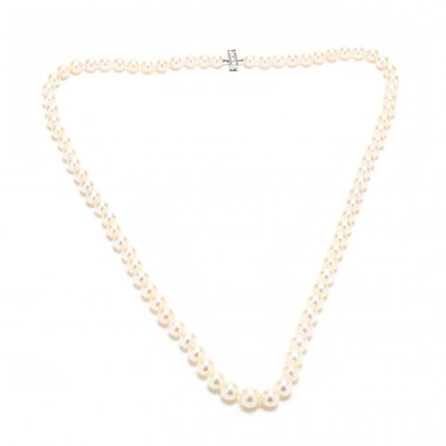 pearl-necklace-with-platinum-and-diamond-clasp