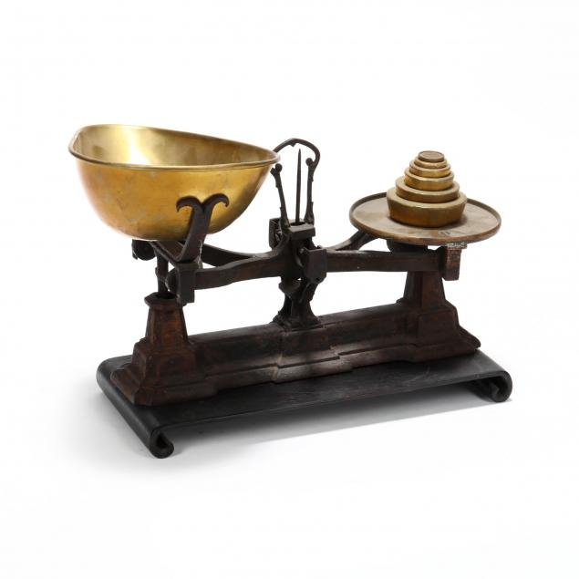 antique-iron-and-brass-counter-top-scale