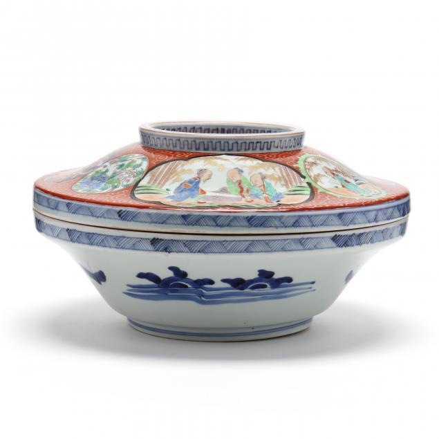 a-large-japanese-imari-covered-bowl