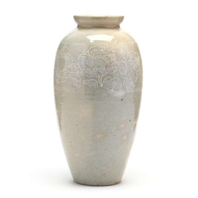 an-asian-large-jar-with-peony-decoration