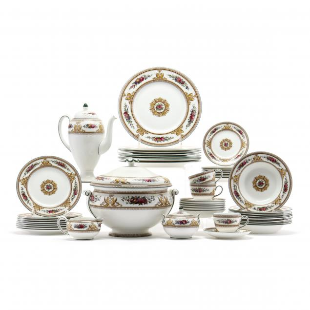 a-set-of-57-pieces-wedgwood-china-columbia-service-for-eight