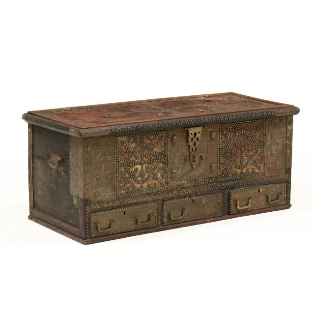 antique-continental-brass-decorated-blanket-chest