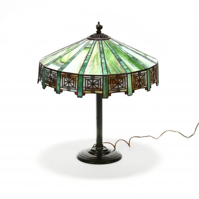 arts-and-crafts-stained-glass-table-lamp