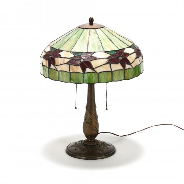 edward-miller-co-stained-glass-table-lamp