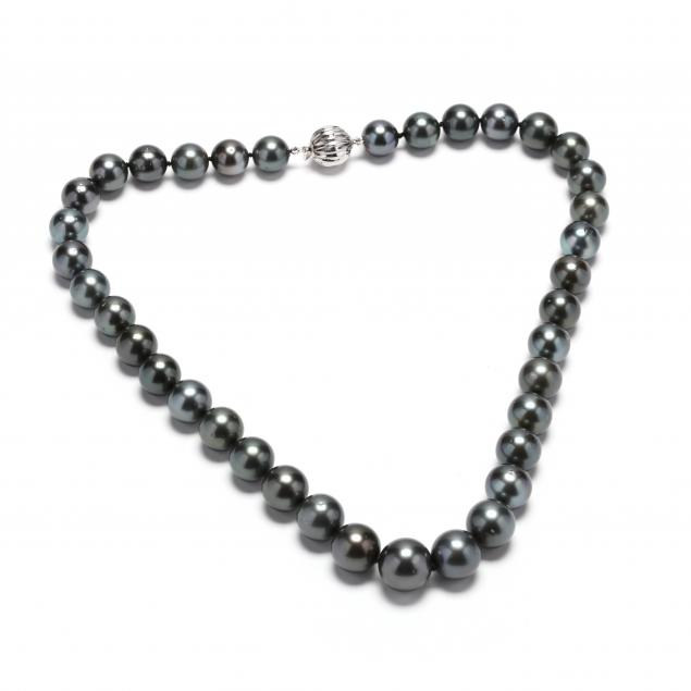 14kt-white-gold-and-tahitian-pearl-necklace