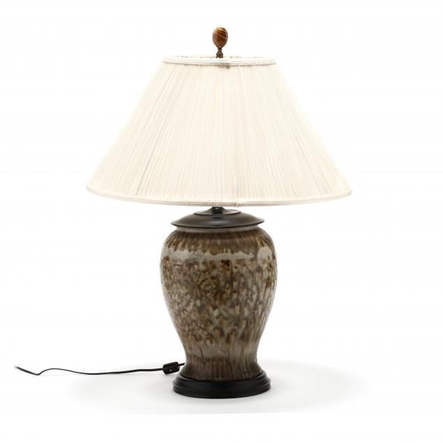 pottery-table-lamp
