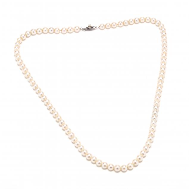 sterling-silver-and-pearl-necklace-mikimoto