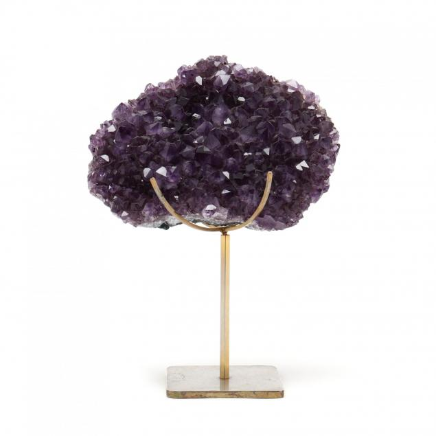 natural-amethyst-specimen-on-stand