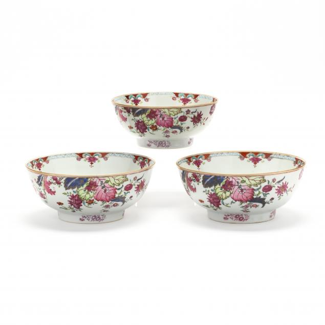 a-set-of-three-chinese-porcelain-bowls