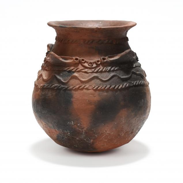 large-southwestern-pottery-vessel