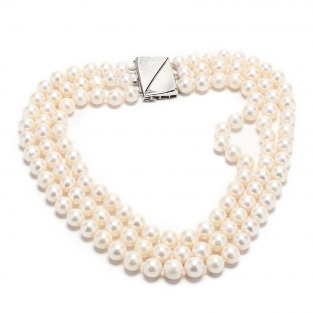 14kt-white-gold-and-triple-strand-pearl-necklace