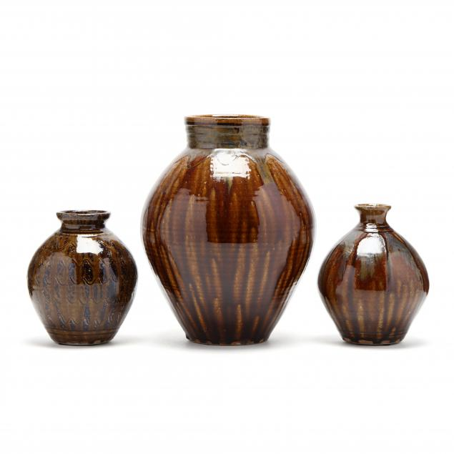 western-nc-pottery-kim-ellington-three-ovoid-vases