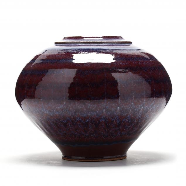 nc-art-pottery-bulbous-vase-david-fernandez